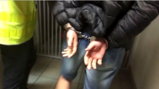 Policja: pobili kibiców Jagiellonii. Zabrali im emblematy, koszulki, szaliki