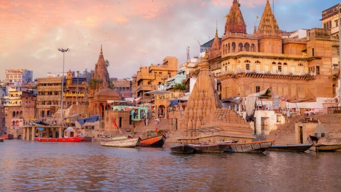 """""""Mówią, że można się kąpać w Gangesie. Nareszcie!"""". Kwarantanna poprawiła jakość wody"""